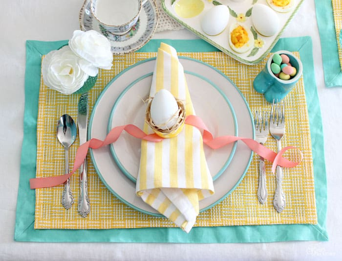 inexpensive Spring Brunch tablescape