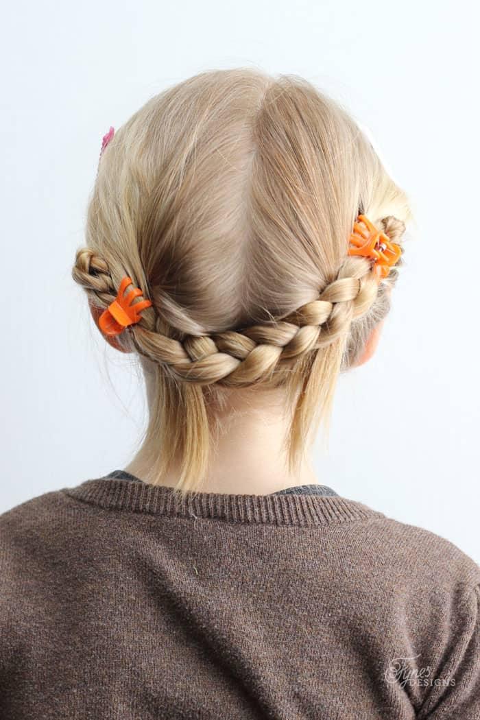 5 Minute School Day Hair Styles FYNES DESIGNS