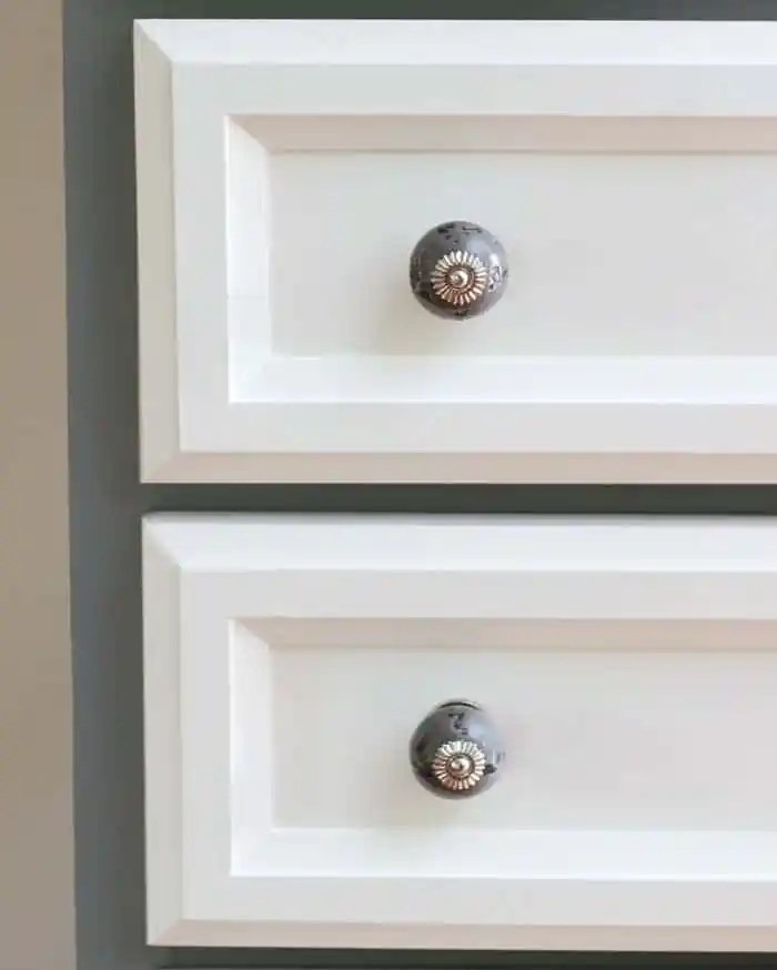 Bold Statement grey ceramic knobs from D. Lawless Hardware