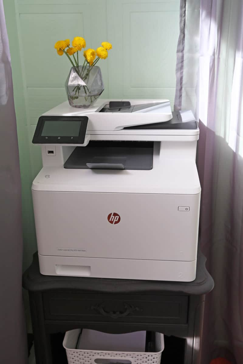 HP office equipment. Click for an amazing Before and After office makeover