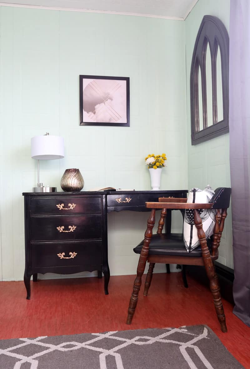 Click for an amazing Before and After office makeover