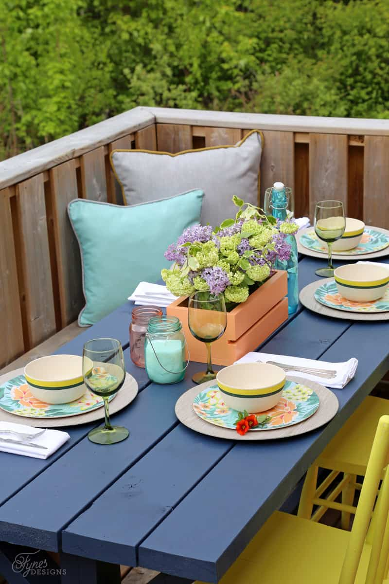PC HOME collection for patio dining