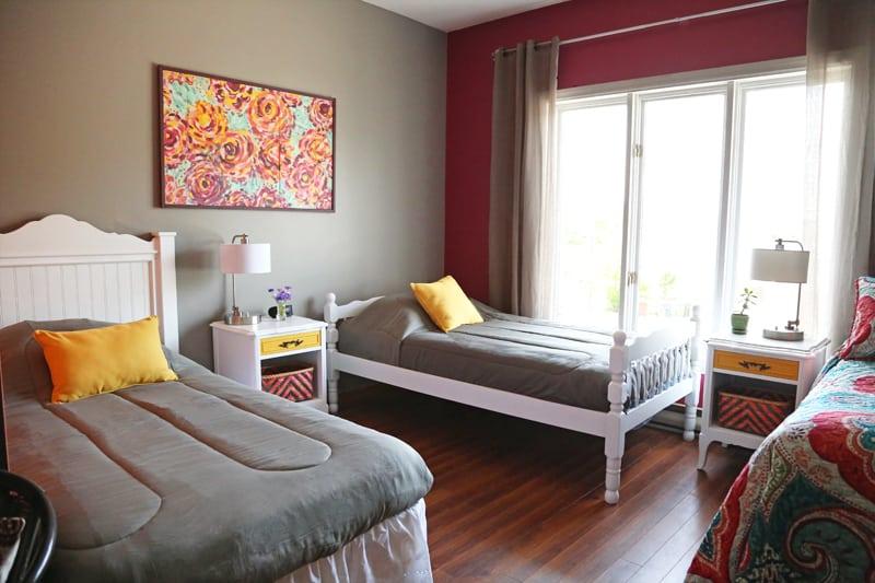 Airbnb room sleeps 5!