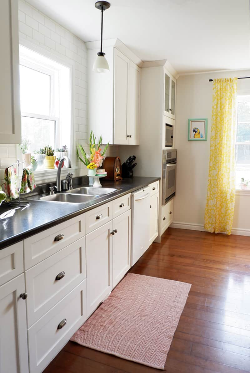 white kitchen cupboards in a fresh modern farmhouse kitchen