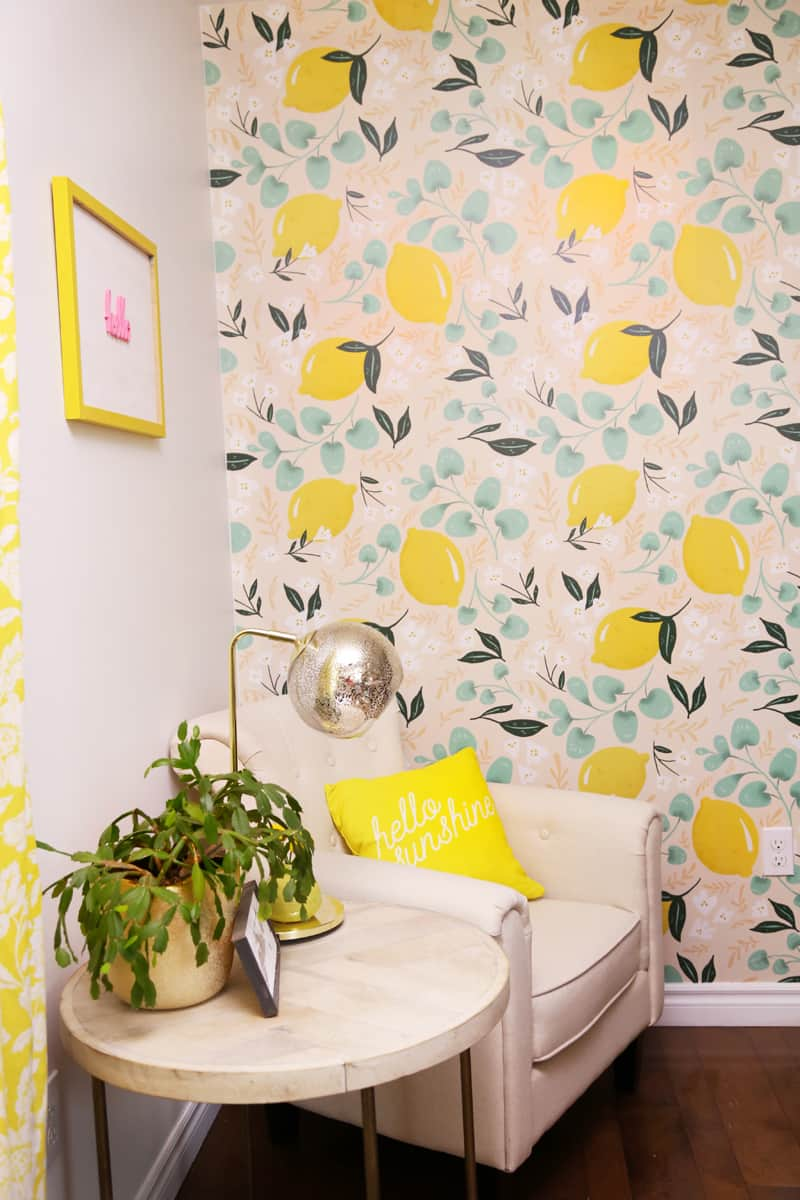 Lovely Lemons wallpaper from Walls Need Love in this bright kitchen