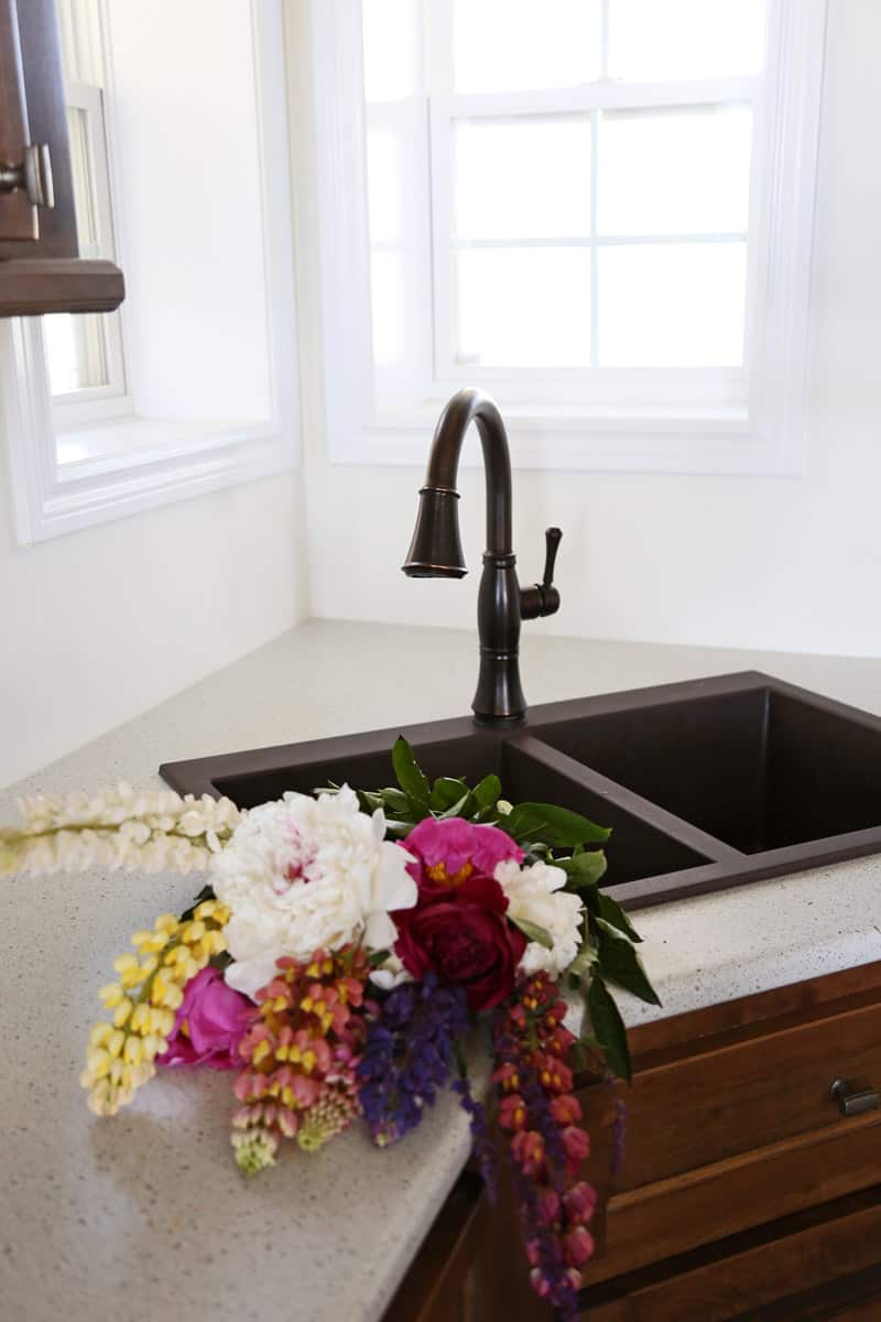 Delta touch 2o kitchen faucet. Perfect for a farmhouse kitchen sink
