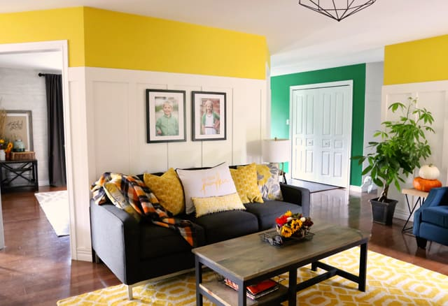 Bright colored living room decorated for fall