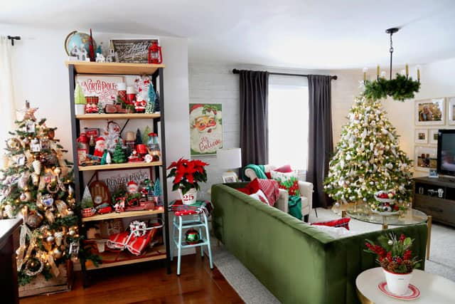 Christmas Home Decor Tour featured by top US design blog, Fynes Designs: Christmas living room decorations | Holiday Home Decor Tour 2019 by popular Nova Scotia life and style blog, FYNE Designs: image of a living room with holiday decor.