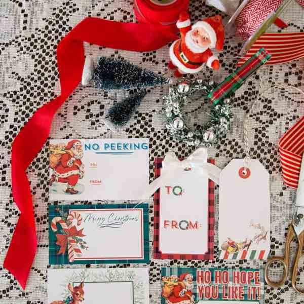 Vintage inspire printable gift tags for Christmas