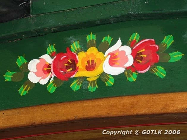 Flower motif on canal boat