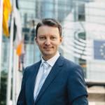 SURSE Siegfried Mureșan și Adina Vălean, luați în calcul de PNL pentru propunerea de comisar european din partea României