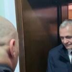 VIDEO Primele imagini cu Liviu Dragnea fără mustață. El a fost adus la Curtea Supremă