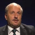 Vasile Dâncu: În România vine o forță politică nouă, care neagă orice tradiție, care nu pune mâna pe Biblie atunci când consilierii ei trebuie să jure. Sunt agenți ai schimbării importante a lumii, care se încearcă din afară