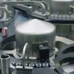 VIDEO Imaginile mult așteptate: doze de vaccin anti-Covid produse de Pfizer ies de pe banda de producție