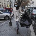 Primarul Clotilde Armand a notificat Romprest că va rezilia contractul dacă în 24 de ore nu va plăti sortatorii și dacă nu va ridica gunoiul de pe străzi