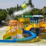"""""""Cel mai mare aqua-park din sud-estul României"""" se deschide sâmbătă în locul unei plaje închise de DSP în urmă cu 7 ani. Investiție de 6 milioane de euro"""