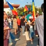 Diana Șoșoacă și George Simion, în Piața Universității alături de aproximativ 200 de persoane, la un protest împotriva posibilelor restricții pentru cei nevaccinați