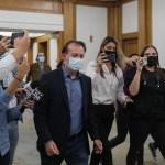 VIDEO Premierul Florin Cîțu a cedat și a plecat dintr-o conferință de presă, deranjat de întrebările ziariștilor despre ce alianțe poate face PNL