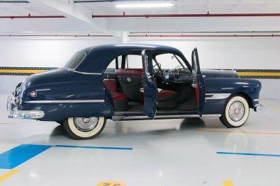 CHEVROLET-PONTIAC-1952--_8