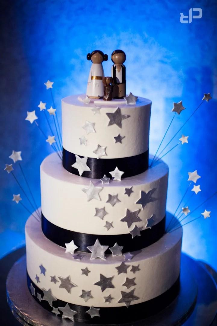 Top 20 STAR WARS Wedding Cakes From A Galaxy Far Far Away