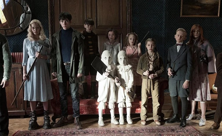 Geek Review:  Miss Peregrine's Home For Peculiar Children