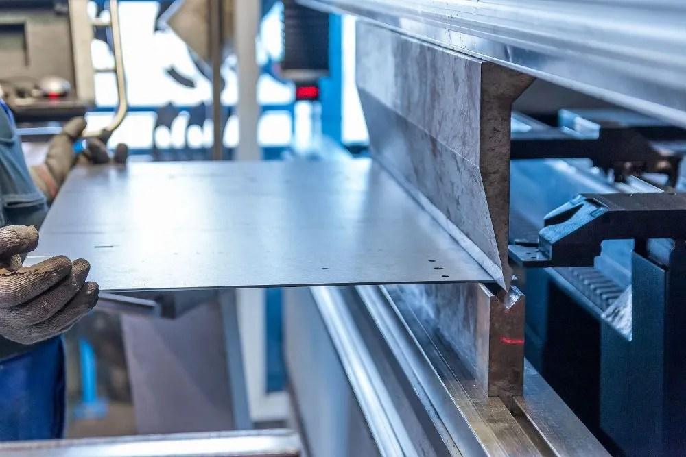 piegatrice acciaio forno legna
