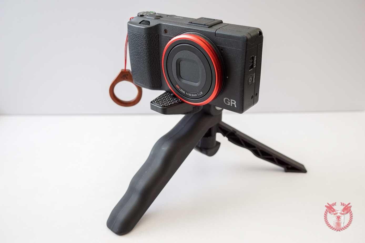Polaroid tripod 9