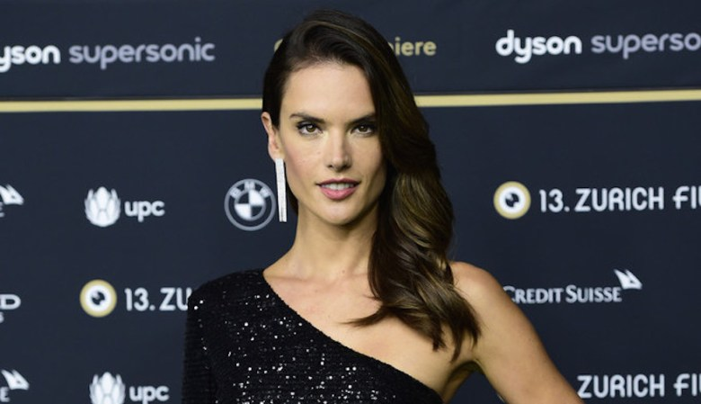 alessandra ambrósio, mais bem vestidas da semana, celebridades, moda, estilo, inspiração, looks, best dressed of the week, celebrities, fashion, style, inspiration, outfits