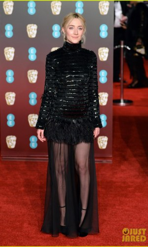 BAFTAs 2018, tapete vermelho, celebridades, looks, vestidos longos, moda, estilo, premiação, time's up, red carpet, celebrities, fashion, style, outfits, gowns, saoirse ronan