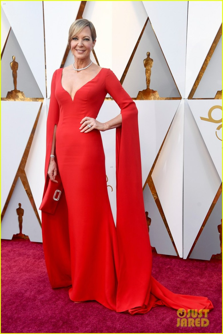 oscar 2018, tapete vermelho, celebridades, premiação, moda, estilo, looks, vestido longo, 2018 oscars, red carpet, celebrities, award season, fashion, style, gowns, outfits, allison janney