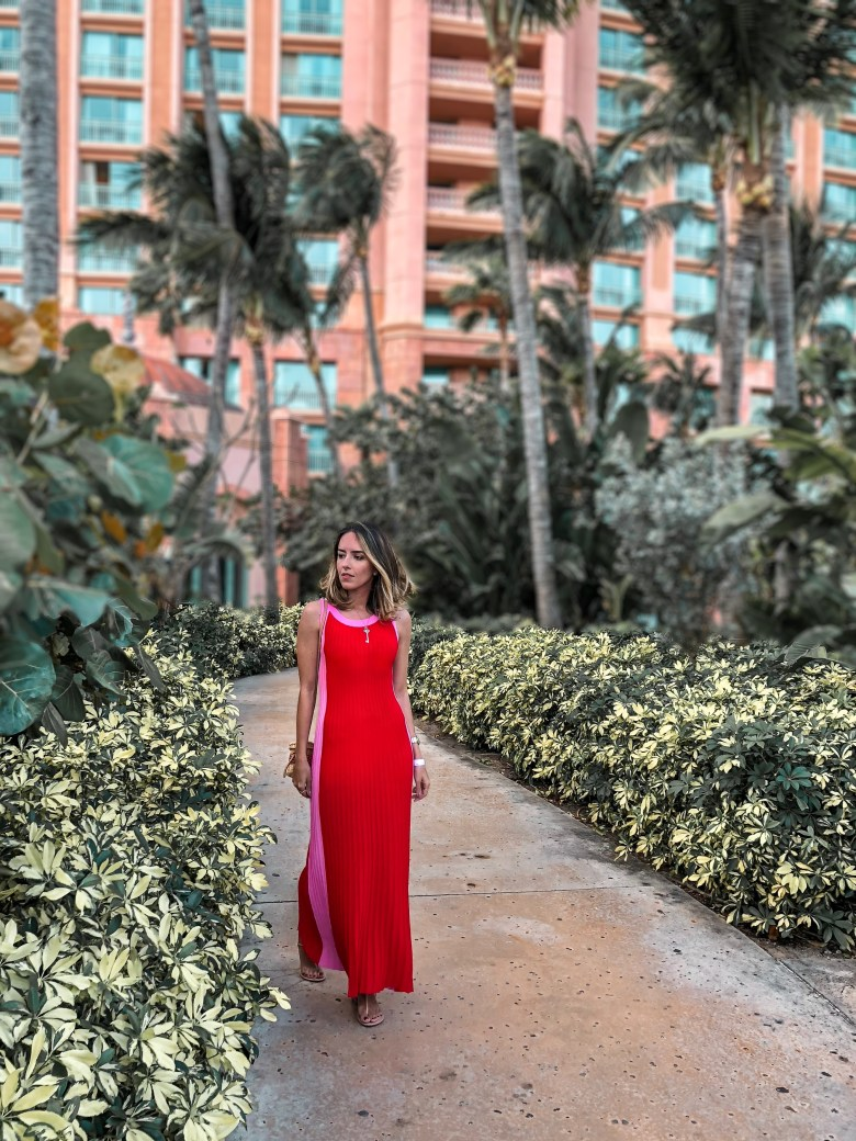 look bahamas, nassau, atlantis, look noite, moda, estilo, inspiração, gabi may, fashion, style, inspiration, outfit of the night, outfit, ootn, rosa e vermelho, pink and red