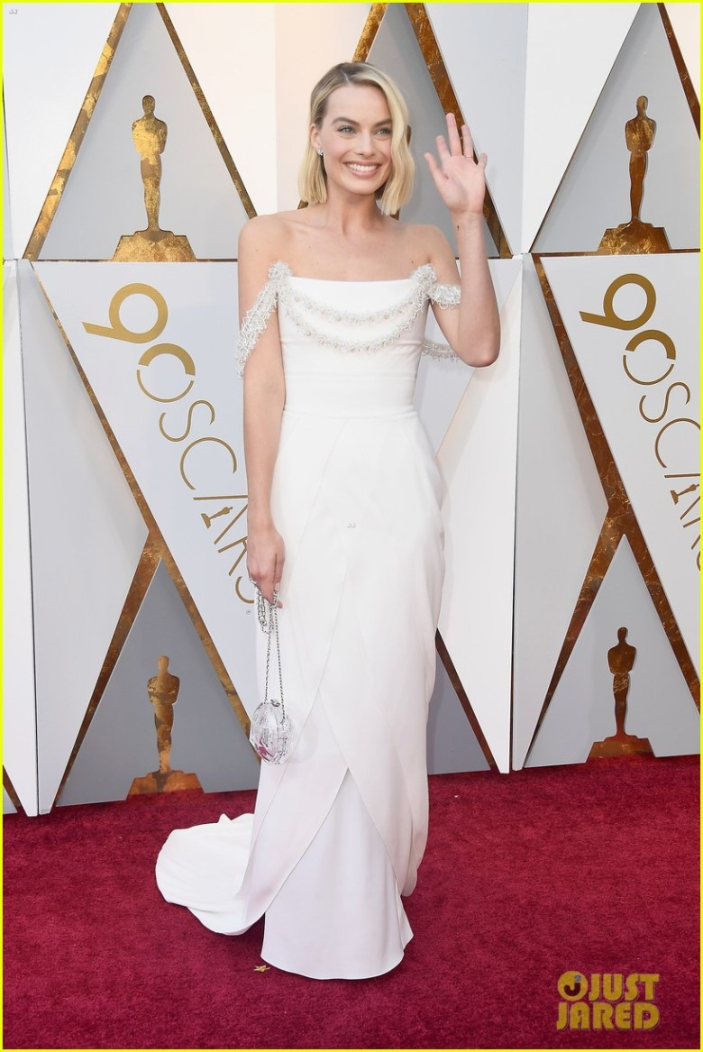 oscar 2018, tapete vermelho, celebridades, premiação, moda, estilo, looks, vestido longo, 2018 oscars, red carpet, celebrities, award season, fashion, style, gowns, outfits, margot robbie