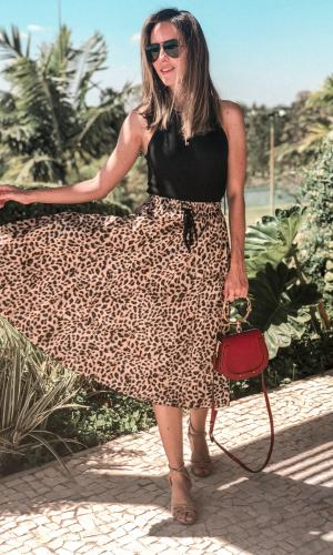 saia plissada, estampa de onça, look do dia, gabi may, moda, estilo, fashion, style, ootd, pleated skirt, leopard print, vícios