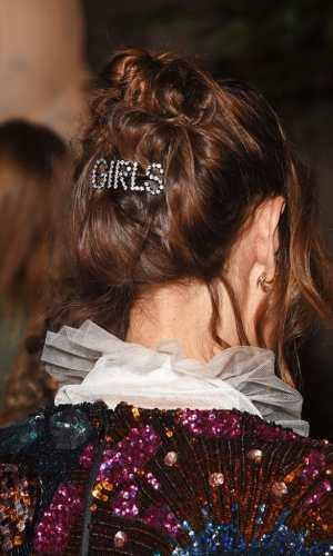 acessórios de cabelo, grampo, tic tac, presilha, beleza, cabelo, penteado, tendência, beauty, hairstyle, hairdo, hair clip, bobby pin, trend, hair accessories, alexa chung