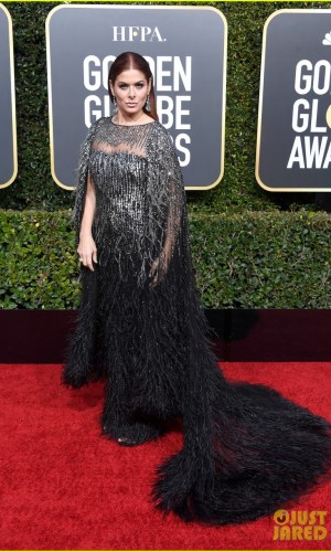 golden globes 2019, golden globes, awards season, red carpet, fashion, look, gown, tapete vermelho, premiação, moda, look, vestido longo, hollywood, debra messing