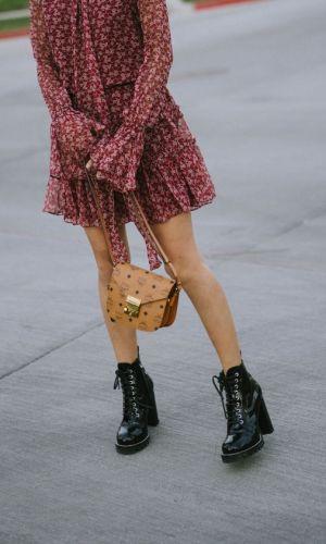 vestido e bota, combinação contrastante, look, tendência, look inverno, look outono, moda, estilo, fashion, style, trend, dress with boots, aimee song