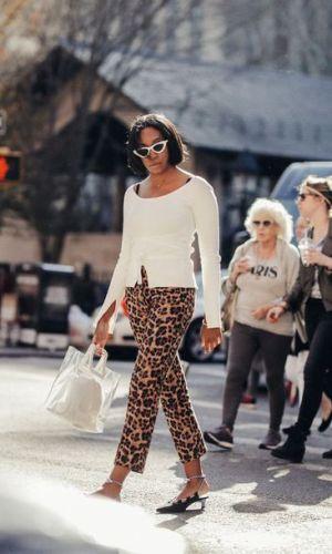 calça de onça, looks, moda, como usar, estilo, inspiração de moda, styling, fashion, style, leopard pants, animal print, how to wear, street style