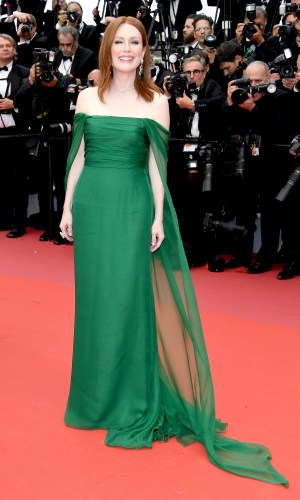 julianne moore at the 2019 cannes film festival red carpet
