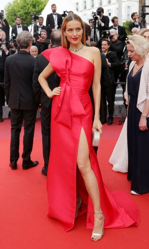 petra nemcova at the 2019 cannes film festival red carpet, gown with a bow