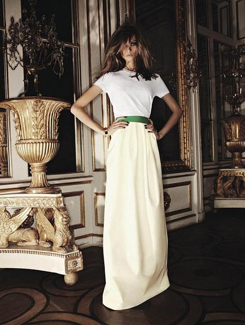 Tricoul alb -manevra vestimentara de primavara