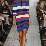 Rochii tricotate din fir subtire de acril - usor de purtat, versatile