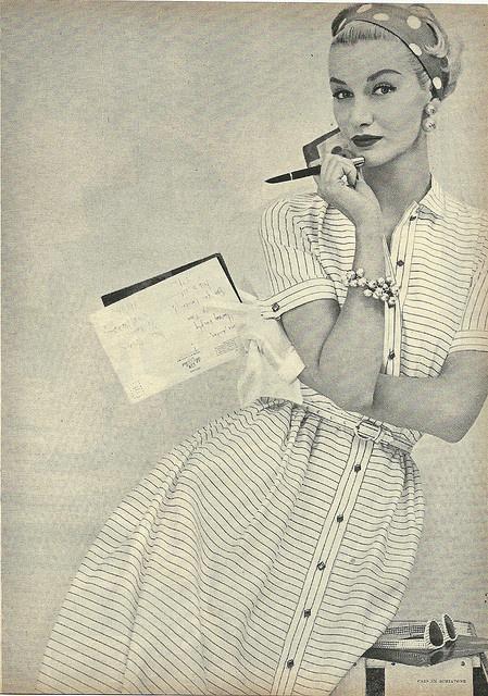Rochie camasa a la Christan Dior
