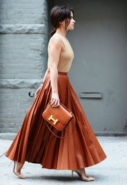 http://laurenmessiah.com/2013/09/ask-stylist-style-maxi-skirt-fall/