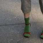 Sandale si sosete verzi