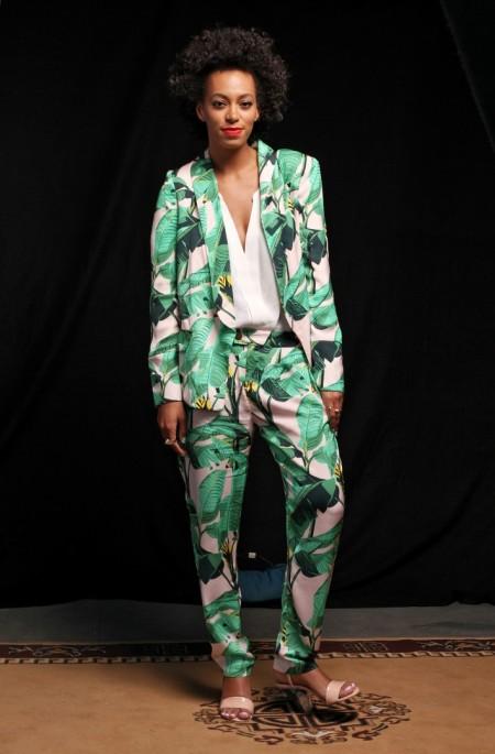 Solange-Knowles-SXSW-Pencey-Mia-Tropical-Print-Pants-Blazer-3-e1363362436939