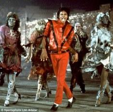 Michael Jackson, iubitor al gecilor din piele customizate