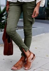 Pantaloni cargo conici