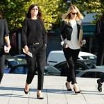 Emanuella Alt si Vogue Franta in pantaloni cigarette