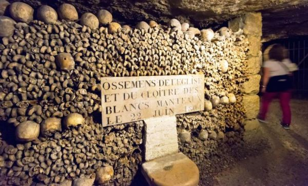 Ce sa vizitati in Paris , Catacombele din Paris