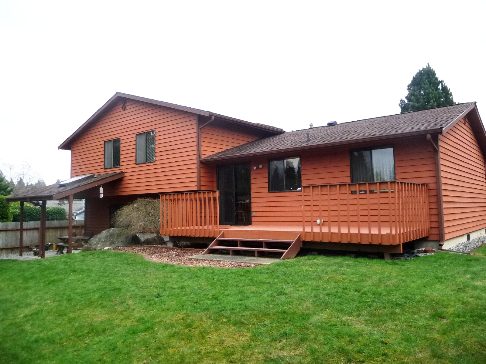 Des moines wa tri level home on culdesac for sale 4 bedrooms for Tri level house